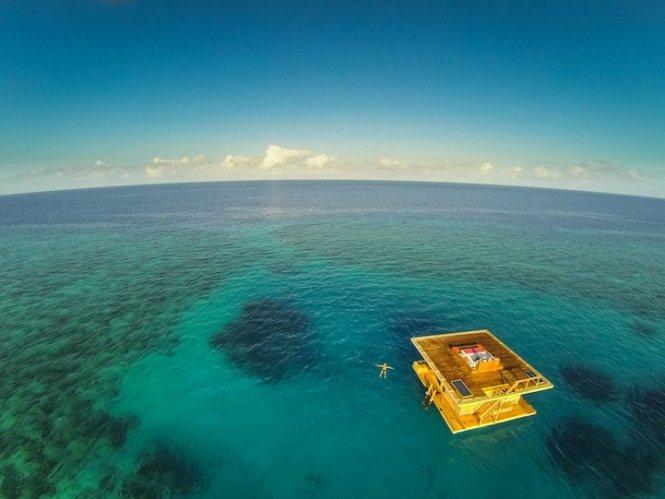manta-resort-underwater-room-2