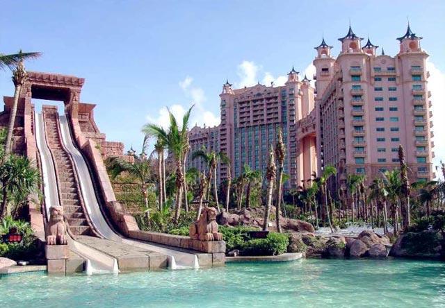 underwater hotel dubai 12 Atlantis: Dubais underwater hotel